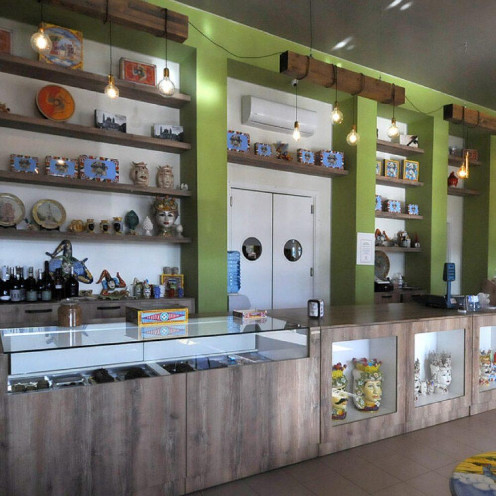 Raimondi Contract | Arredo per negozi