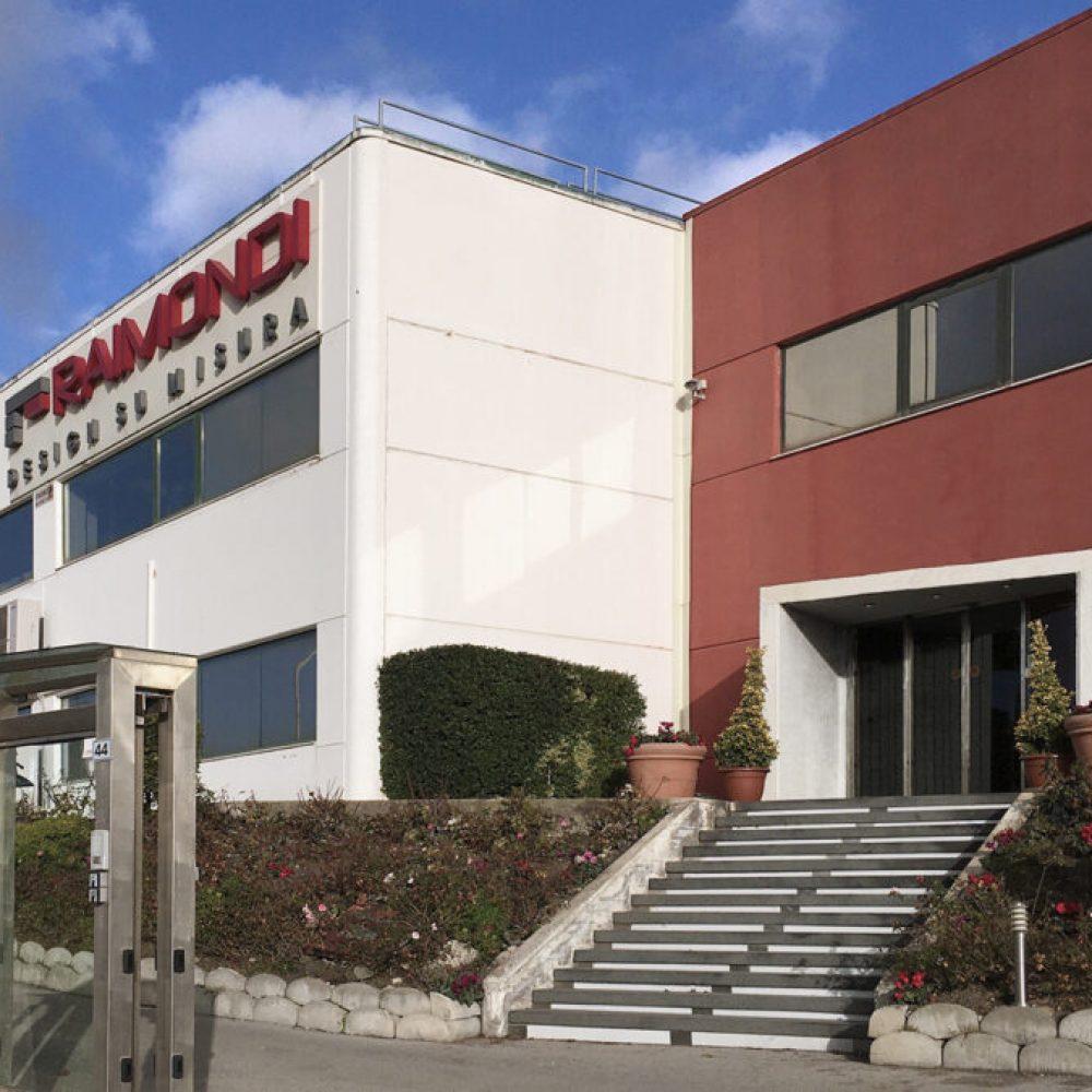 Raimondi Contract | Azienda
